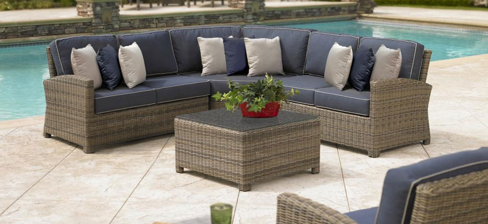Home delivery and assembly for patio furniture